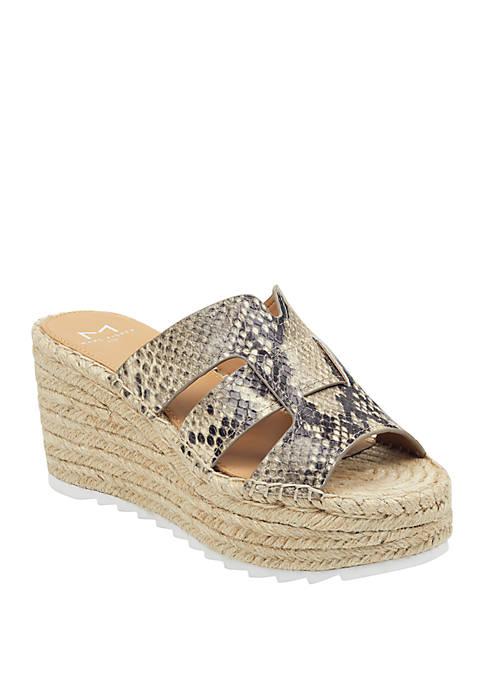 Marc Fisher LTD Robbyn Espadrille Wedge Sandals
