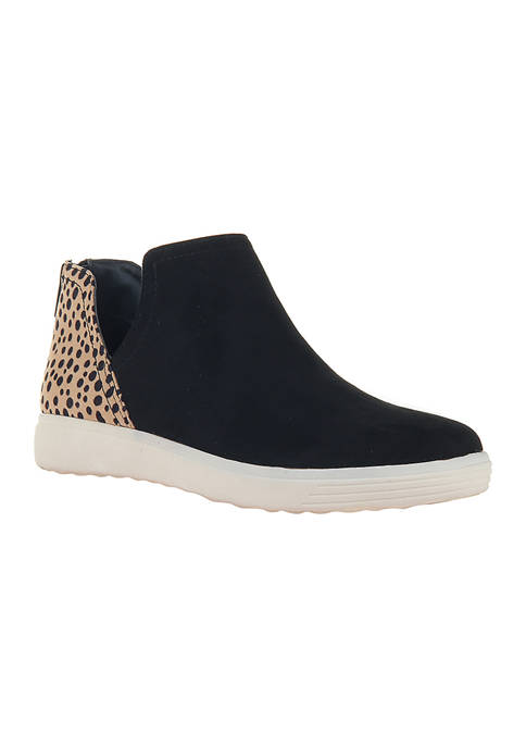 Side V Mid Height Sneakers