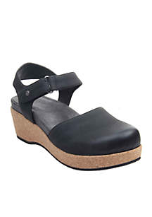 Waliss Clogs