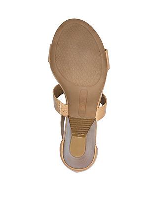 bcdd72aa4 ... New Directions® Devinda Heeled Sandals