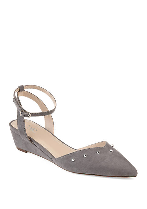 Journee Collection Aticus Wedges