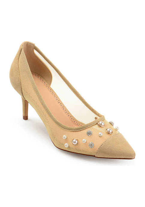 Journee Collection Breck Pumps