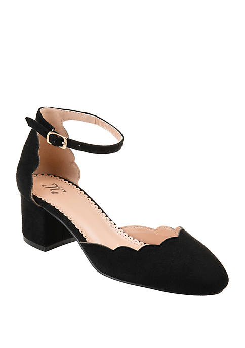 Journee Collection Edna Pumps