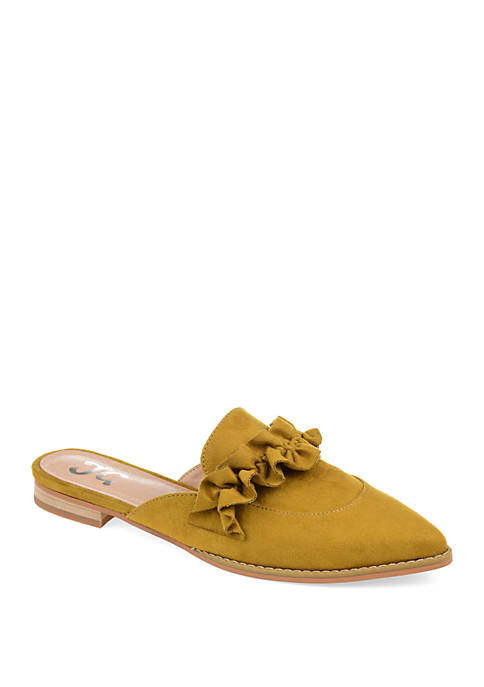 Journee Collection Kessie Flats
