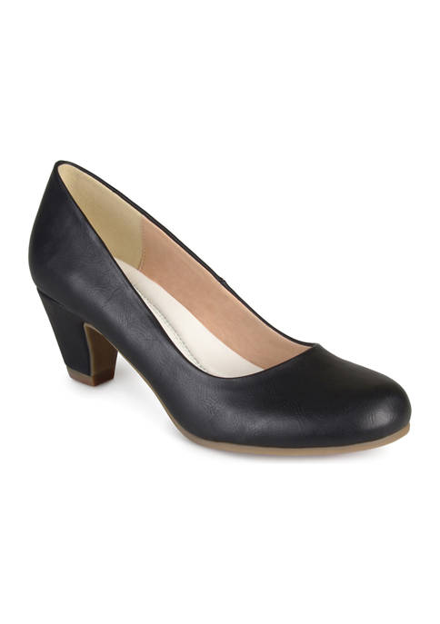 Journee Collection Comfort Luu-M Pumps