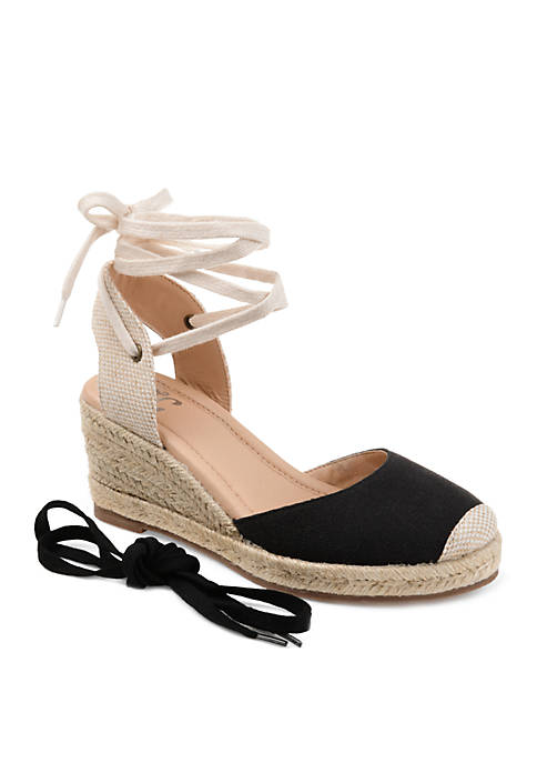 Journee Collection Comfort Monte Wedges