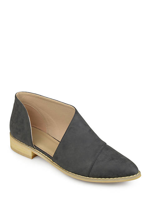 Journee Collection Quelin Flat Shoes