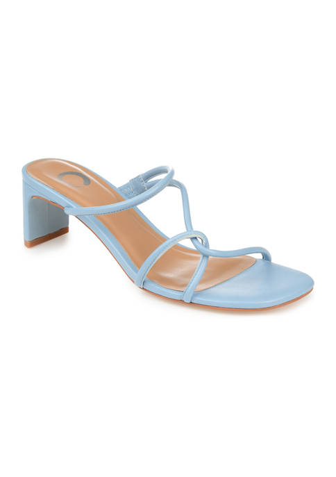 Journee Collection Rianne Pumps
