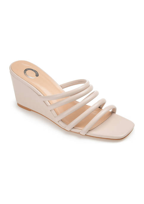 Journee Collection Rizie Wedges