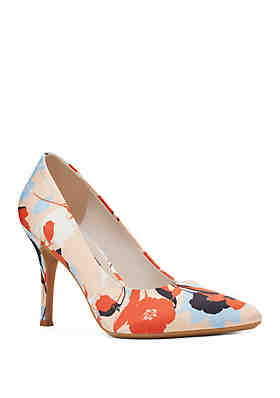 534ac5d6c15 Nine West Fifth Pumps ...