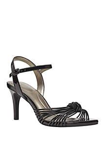 Bandolino Jionzo Strappy Sandals