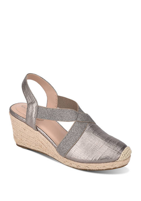 Nila Sandals