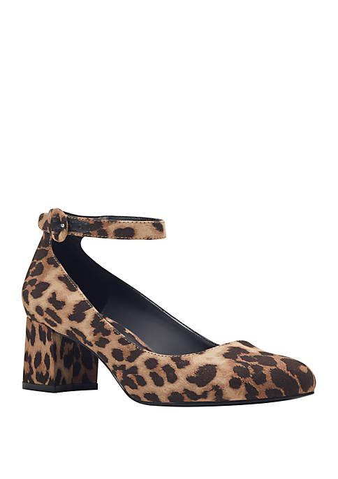 Bandolino Odear Block Heel Shoes