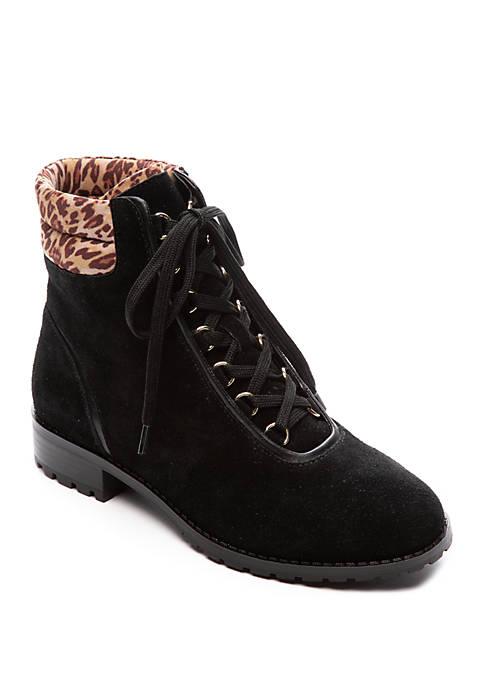 Crown & Ivy™ June Leopard Boots