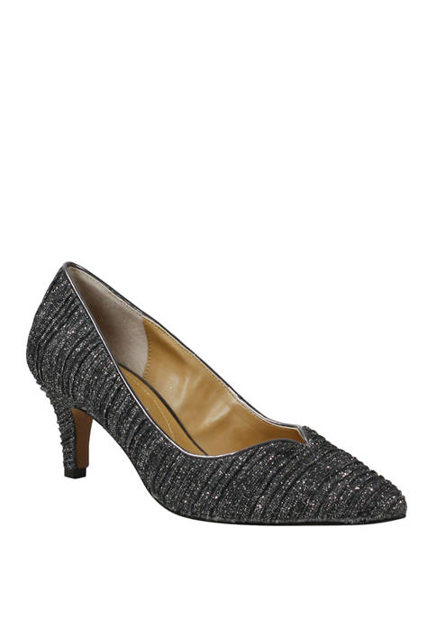 Abigaile Pumps