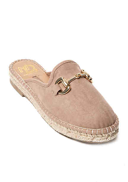 discount great deals Women's Michigan Wolverines ... Low Duck Step-In Shoes cheap sale enjoy low shipping fee sale online buy cheap outlet locations nlOIw0S0P