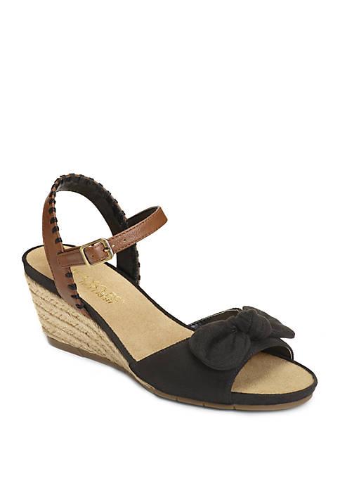 AEROSOLES® Cake Over Sandals