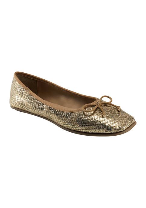 AEROSOLES® Catalina Flats