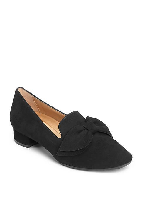 AEROSOLES® Getaway Dress Shoe