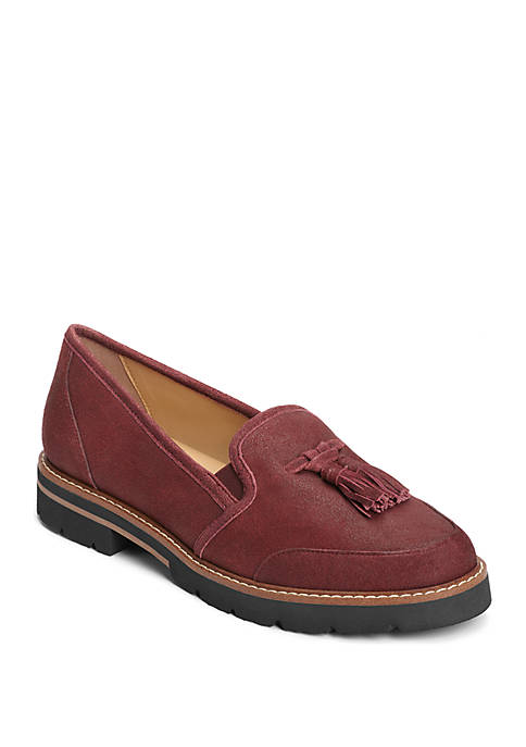 AEROSOLES® Pen Name Tassle Flat