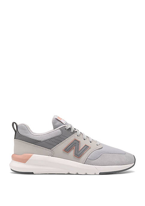New Balance Womens 009 Sneakers