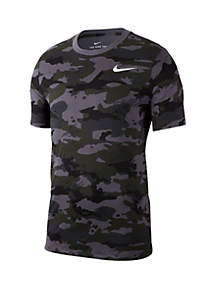 e2a7a1d7 Nike® Clothes for Men: Outfits, Jogging Suits, Sweatsuits & More | belk