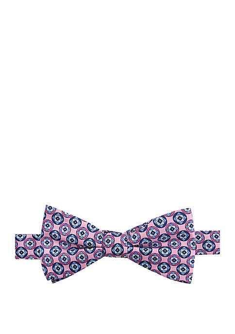 Oliver Medallion Bow Tie