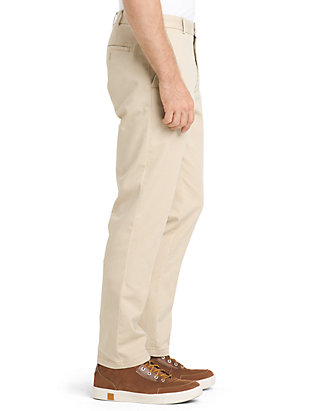 IZOD Mens Saltwater Stretch Chino