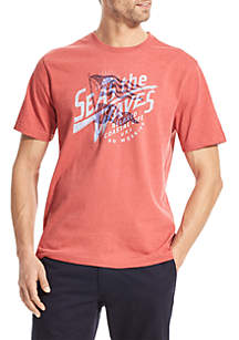 IZOD Short Sleeve America Seas the Waves Graphic T Shirt