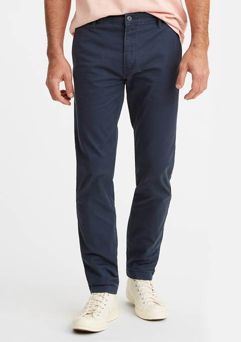 Levi's® Standard Tapered Chino Pants