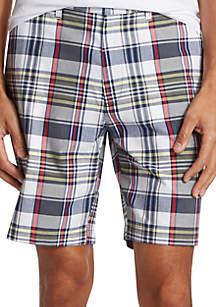 Nautica 8.5 in Plaid Classic Fit Shorts