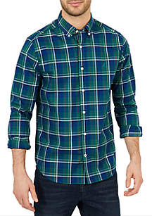 Classic Fit Long Sleeve Plaid Button Down Shirt