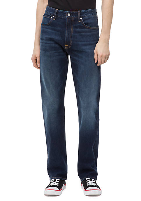 037 Relaxed Straight Jeans