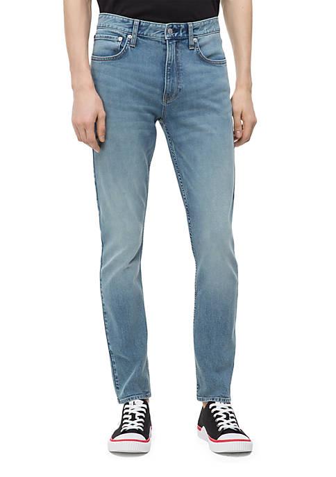 Straight Light Tint Jeans