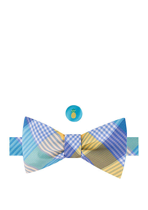 IZOD Brookland Plaid Lapel Bow Tie Set