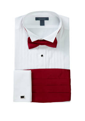 Slim Fit Wing Tip Red Bow Tie Boxed Tuxedo Shirt