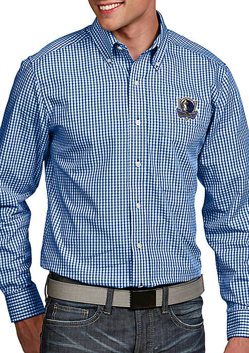 Antigua® Dallas Mavericks Mens Associate Long Sleeve Woven
