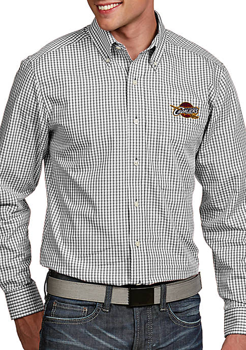 Antigua® Cleveland Cavaliers Mens Associate LS Woven Shirt
