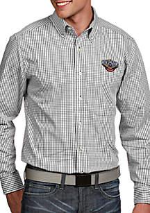 Antigua® New Orleans Pelicans Mens Associate LS Woven Shirt