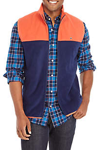 Crown & Ivy™ Colorblock Fleece Vest