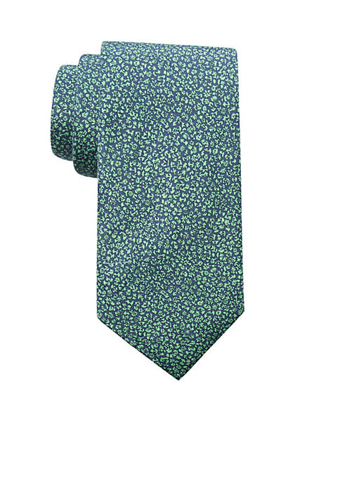 Crown & Ivy™ Waterlily Floral Tie