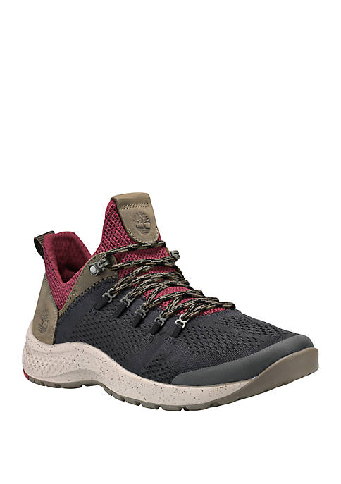 Flyroam Trail Low Top Sneaker