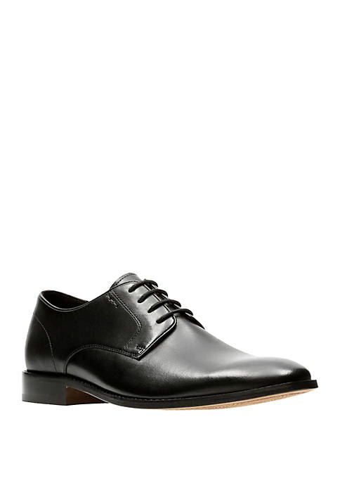 Bostonian by Clarks Nantasket Fly Oxford Shoes