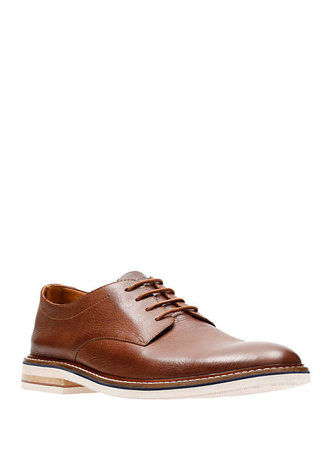 Bostonian by Clarks Dezmin Plain Derby Shoes