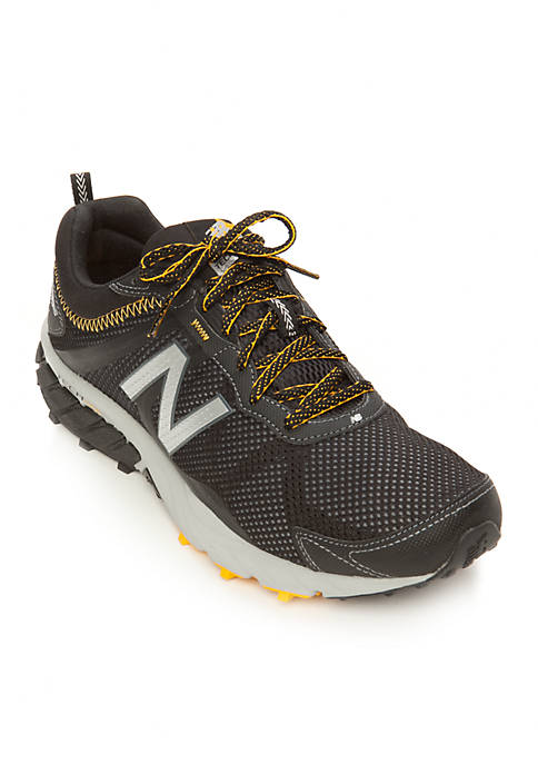 New Balance  V Trail Running Shoe Size  Gray