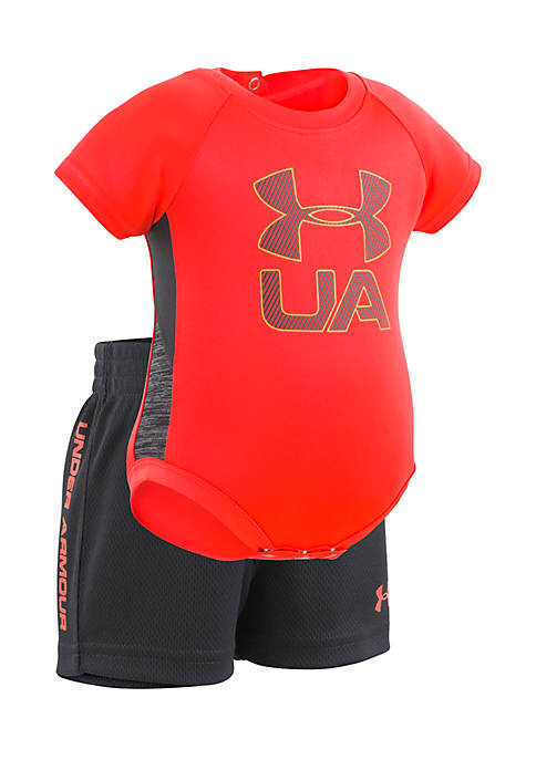 Under Armour® Boys Newborn Sportster Set