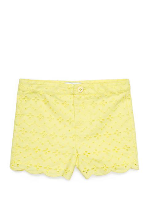 Crown & Ivy™ Toddler Girls Scallop Hem Shorts