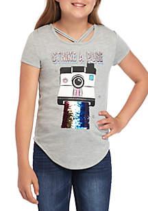 Beautees Girls 7-16 Short Sleeve Strike A Pose Camera T Shirt