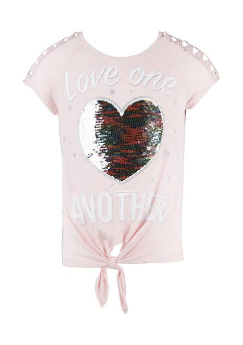 Beautees Girls 7-16 Sequin Heart Graphic T-Shirt