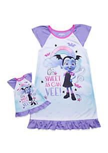 Disney® Junior™ Girls 4-10 Vampirina Doll Pajama Set